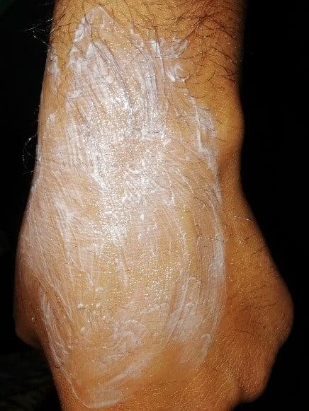 gently rub on skin to spread moisturizer on skin