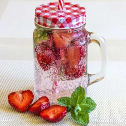Strawberry and basil weight loss detox water